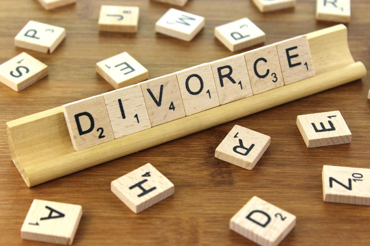 Go Ahead and Sell Your House in a Divorce: 10 of the Best Reasons Why